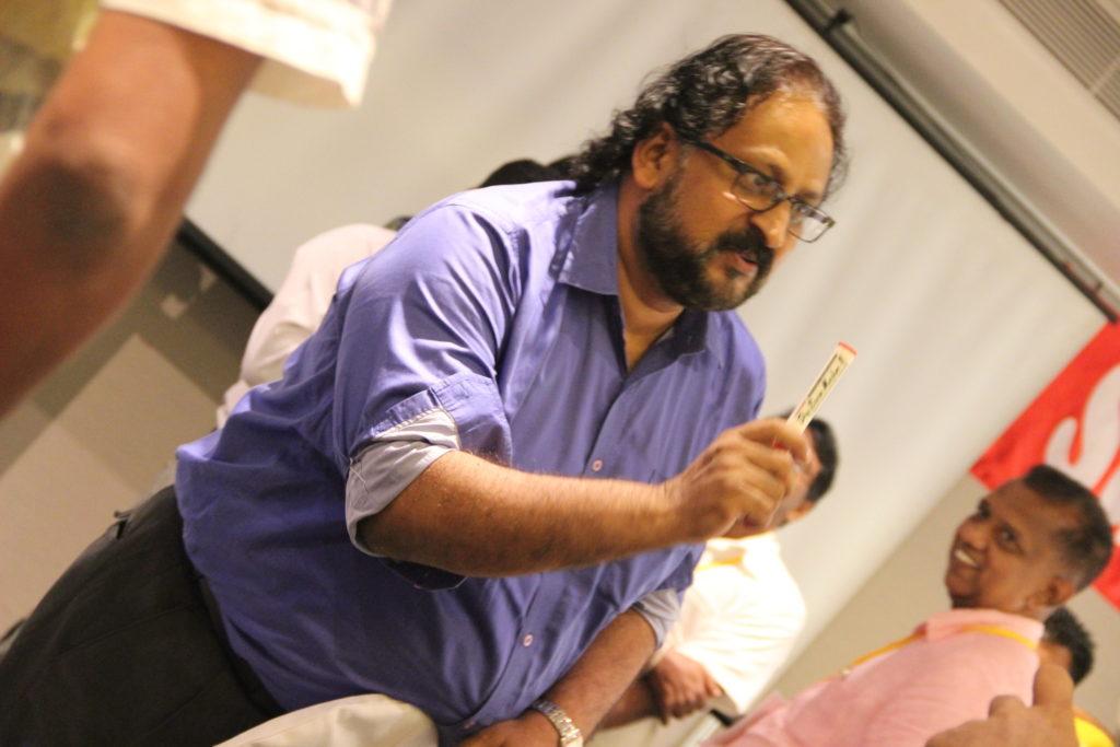 Sanjeev Kotnala making a connect with participant